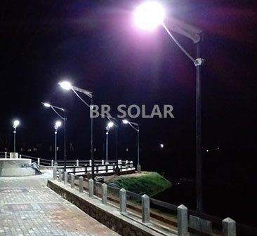 4M30W AIO Solar Street Light في سري لانكا